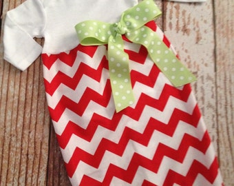 Christmas Newborn Layette, Infant Gown, Baby Gown - Girl - Red Chevron - Christmas - Holiday