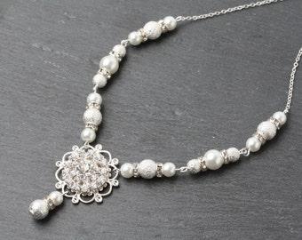 Bridal necklace, wedding necklace, Bridal Pearl and crystal necklace, Bridal jewelry, wedding necklace, Bridal crystal necklace