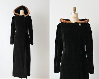 Opera Coat / 1940s Black Opera Coat / 1940s Coat / Black Velvet / Moonlight