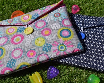 Summer Retro Print Gadget Tablet Bag - Various Sizes For All Popular Models