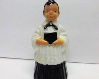 Vintage Mid Century White and Black Plastic Choir Boy PO209