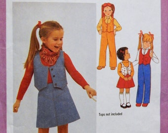Vintage cowgirl pattern Simplicity 9090 Little girls' skirt, pants and lined vest pattern Size 3