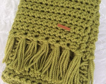 Handmade, Green, Chunky crochet blanket, Chunky throw with Fringe