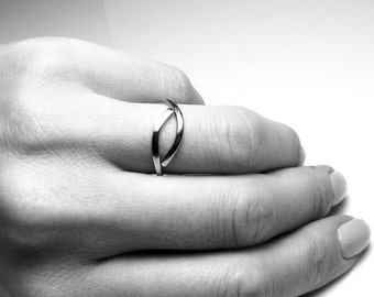 Stainless steel ring Womens gift For her Minimalist rings Minimal stacking rings Unisex ring Simple everyday ring Men gift Handmade ring