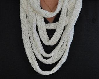 Stricklieselkette yarn white