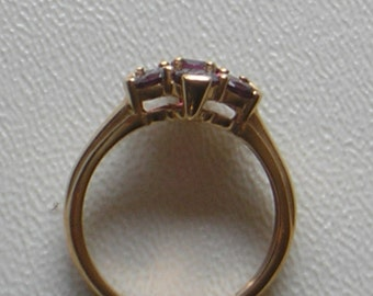 5. Gold ring with Amethyst