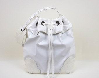 White Bucket Bag, White Handbag, Hobo Handbag, Frill Bucket Bag, Gift for Her, Sporty-Chic Handbag, Shoulder Bag, Hobo Bag, MyNewHandbag
