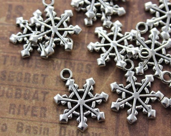 10 Snowflake Charms Snowflake Pendants Antiqued Silver Tone Double Sided 17 x 17 mm