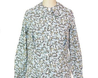 ON SALE 1930s Blouse // Floral Feedsack Smock Long Sleeve Top