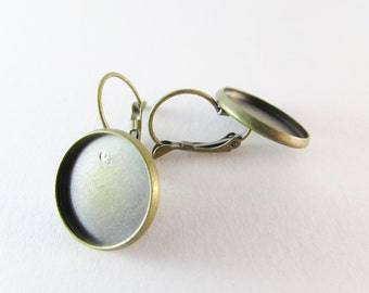 Lever back hoop earring ant. Bronze 16mm tray