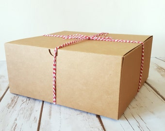 "12 Large Kraft Gift Boxes 8x8x3.5"", One Piece Square Tuck Tab Boxes"