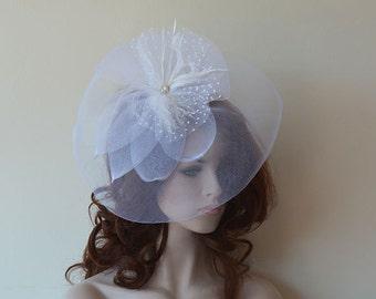 White Fascinator Head Piece, Bridal Fascinator, Wedding Hair Accessory, Wedding Head Piece,  fascinator hat for weddings