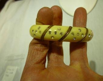 K87 Vintage Art Deco Cuff Bracelet.