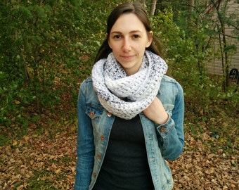 Chunky Textured Infinity Scarf / Maupassant Scarf