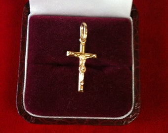 "14 K Yellow Gold Beautiful ""CRUCIFIX"" Charm. 0.9 gm."