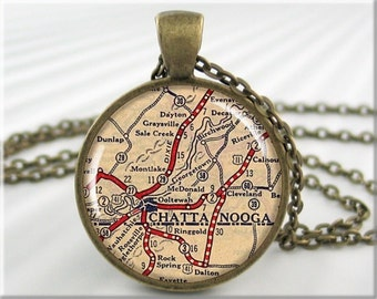 Chattanooga Map Pendant, Resin Map Necklace, Chattanooga Tennessee Picture Jewelry, Round Bronze, Travel Gift 715RB