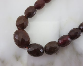 Bakelite Jewelry - Dark Red Necklace - Beaded Faceted Bakelite 1/20 12k GF