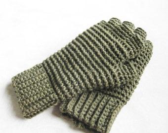 Men's Thermal Fingerless Gloves Crochet Pattern