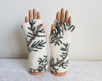 Reversible Pinecone Wool Fingerless Gloves in Cream with Green and Brown Embroidery