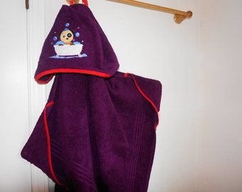 Big Kid Hooded Towel: Puppy Bathtime