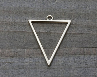10 PIECES triangle pendant light gold plated, triangle pendant, geometric pendant, triangle charm, earring findings 35 mm B0085518