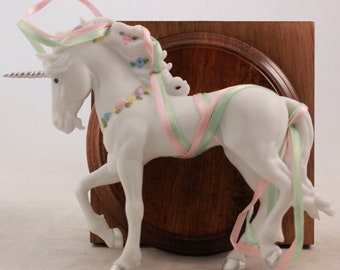 Hallmark 1986 Magical Hand Painted Fine Porcelain Unicorn. Limited Edition. New in Box