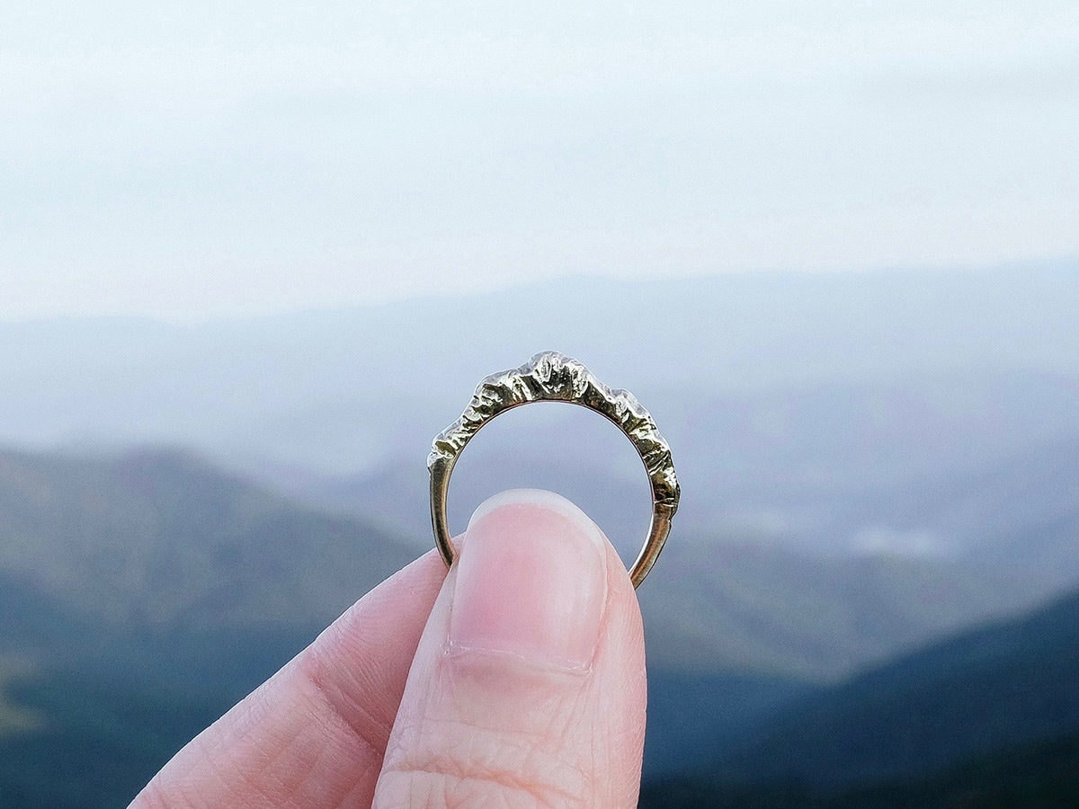 Silver mountain ring from Everli