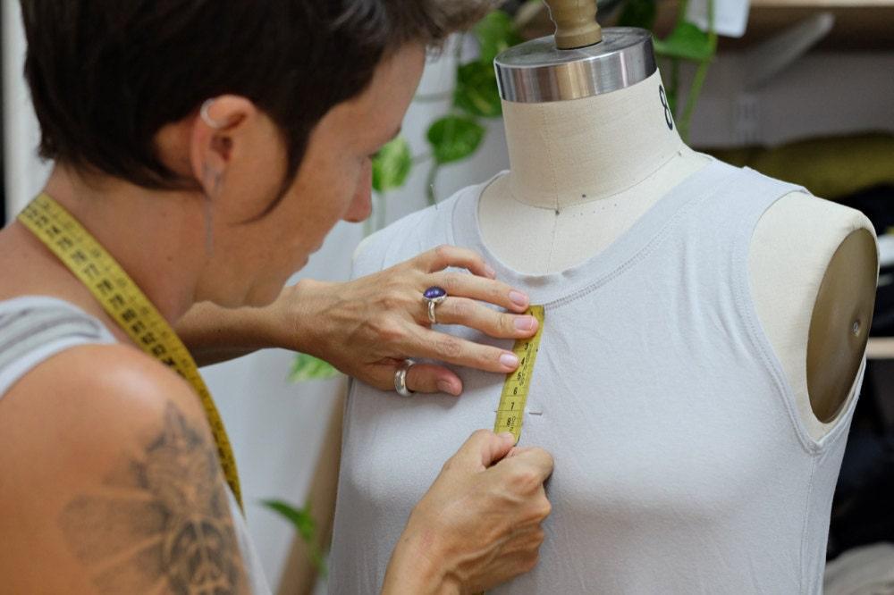 measuring-on-mannequin-by-liran-kalina