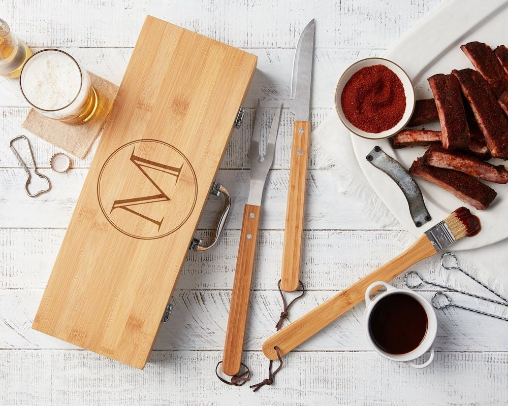 Personalized grilling set from Etsy