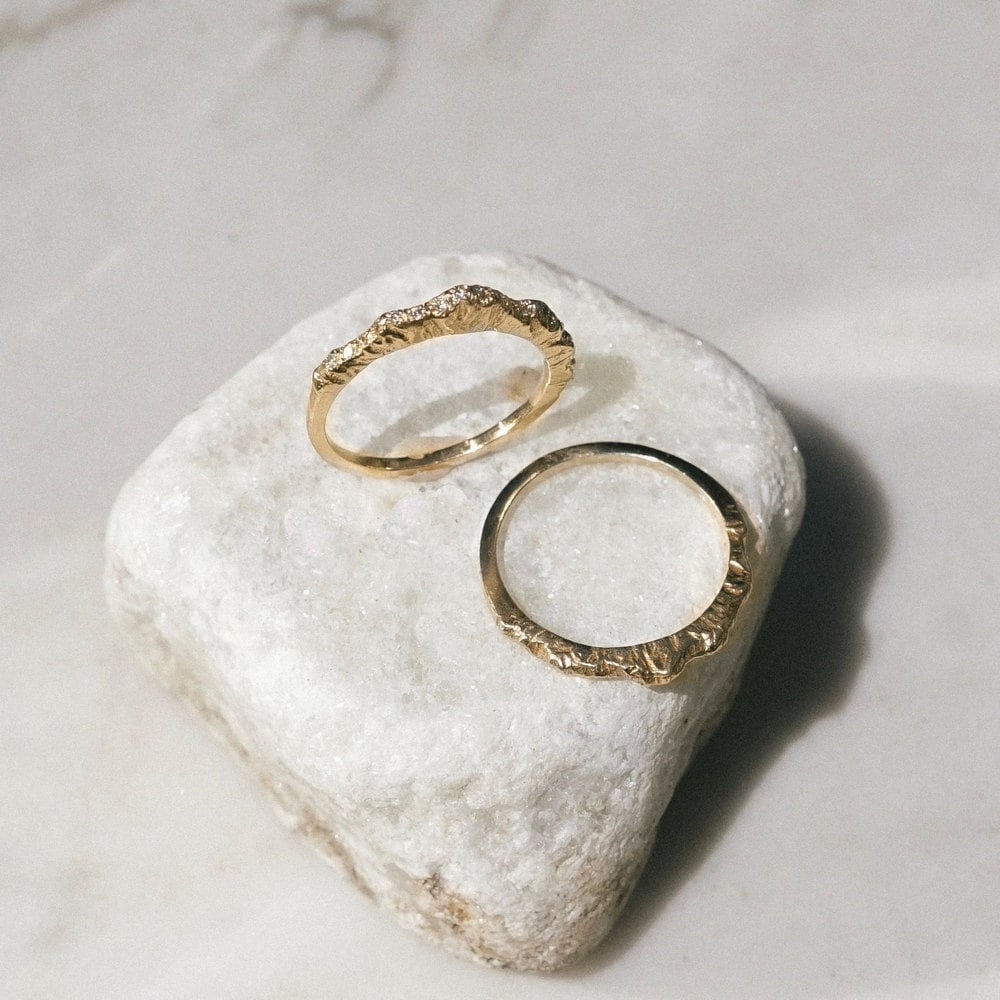 Mountain rings from Everli