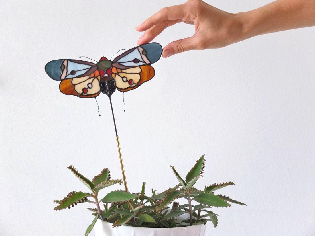 Mini plant pot bug suncatcher from Elena Zaycman