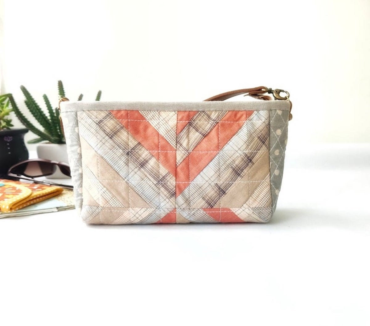 A quilted bag PDF pattern from Etsy