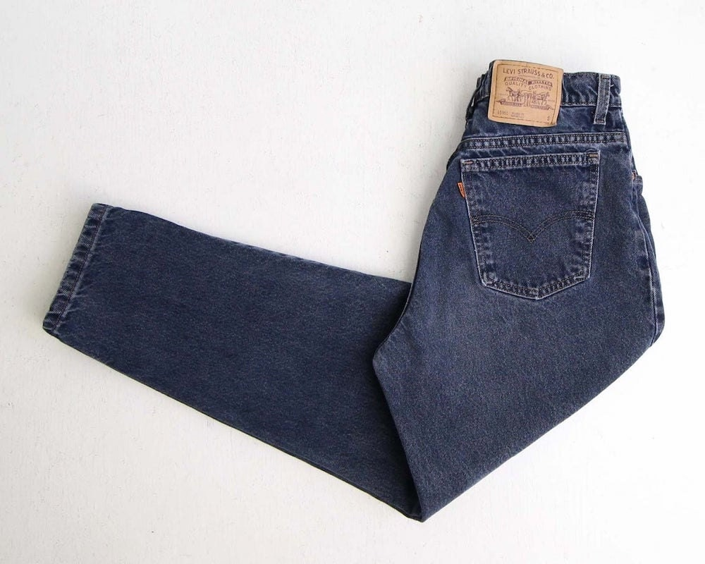 Vintage relaxed fit fall fashion jeans from Wear It Well Vintage