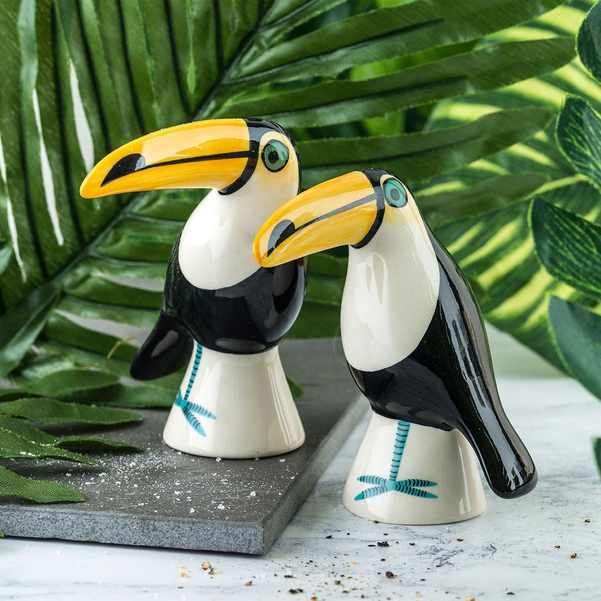 Toucan salt and pepper shakers from Etsy