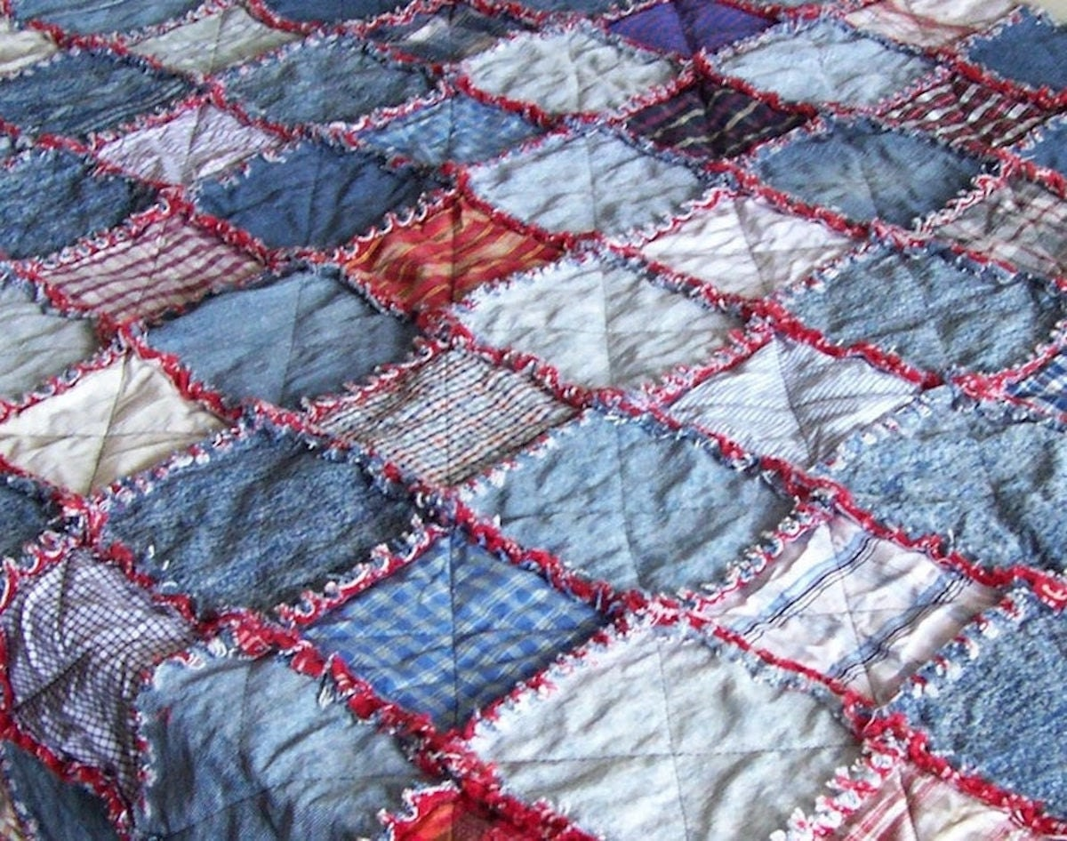 A downloadable denim quilt pattern from Etsy