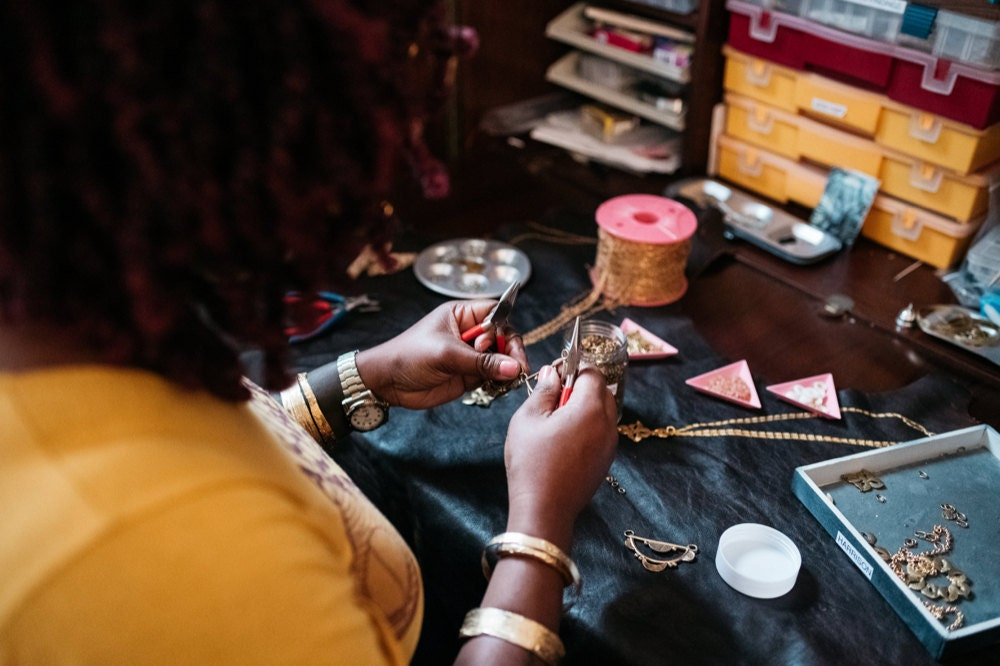 Alicia at work on a piece of jewelry