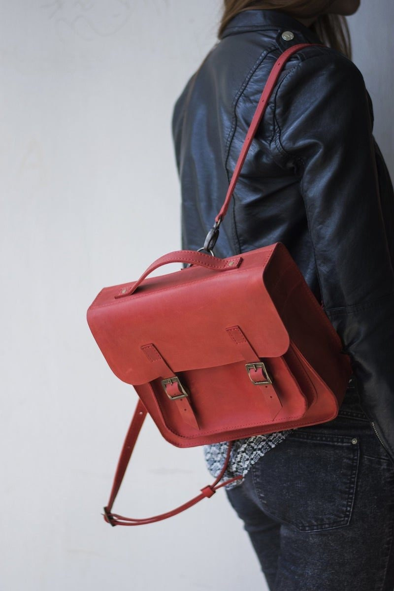 Convertible leather backpack from InSunt