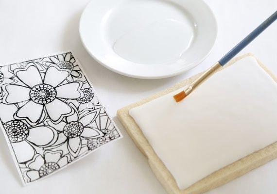 coloring-book-cookies-etsy-blog-sprinklebakes-heather-baird-diy-brush