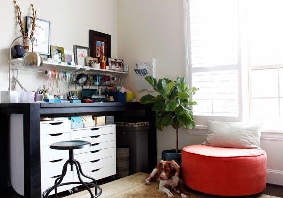 shop-pixelimpress-work-bench-full-with-finnigan-photo-by-pixelimpress-desk-crop