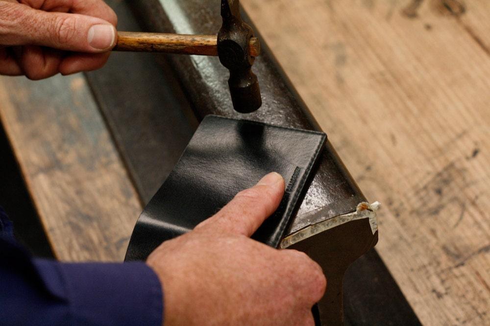 hammering wallet