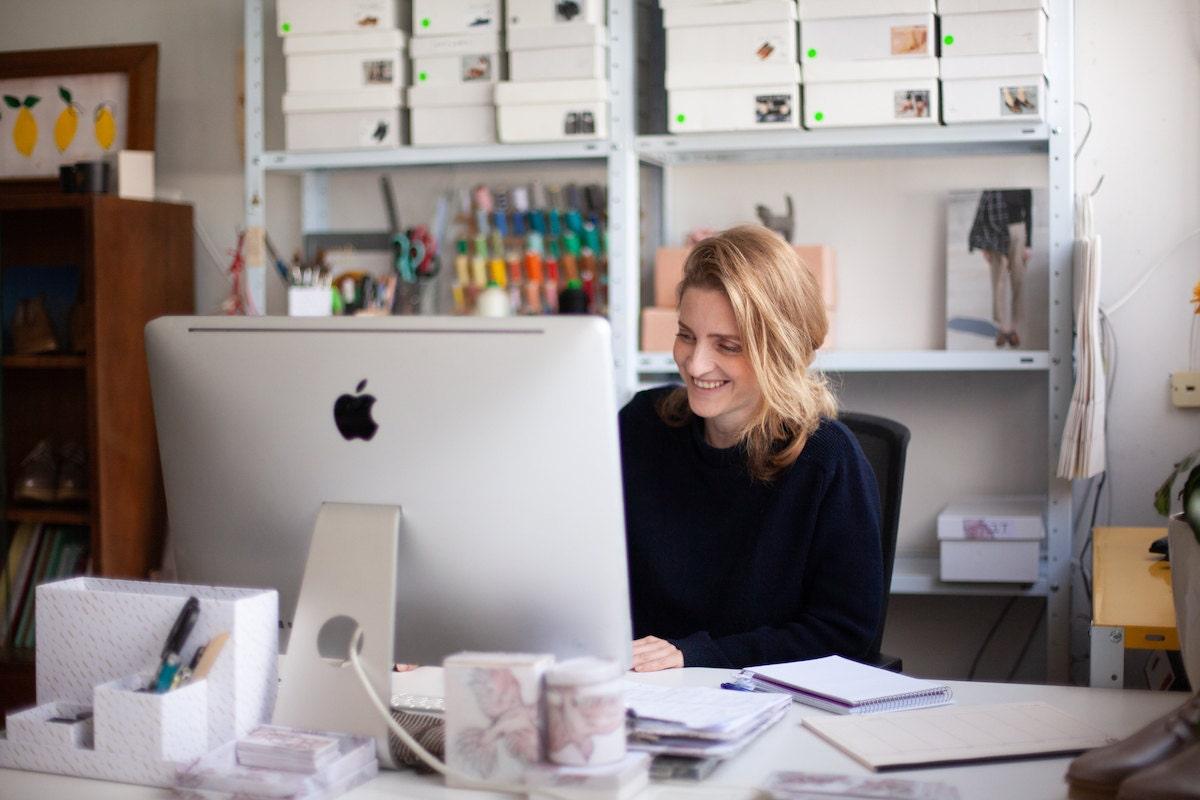 Hadas at work on her studio computer