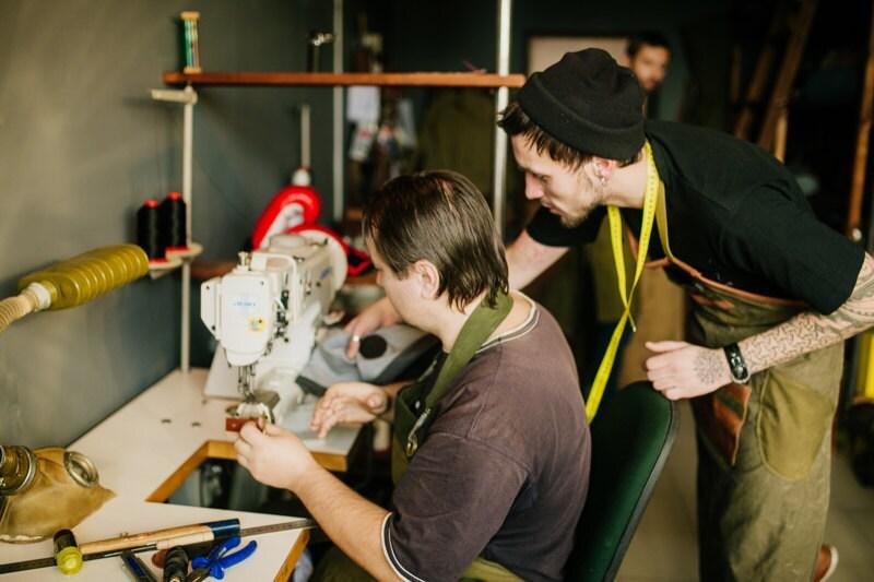 fs_kruk-garage_two-sewing