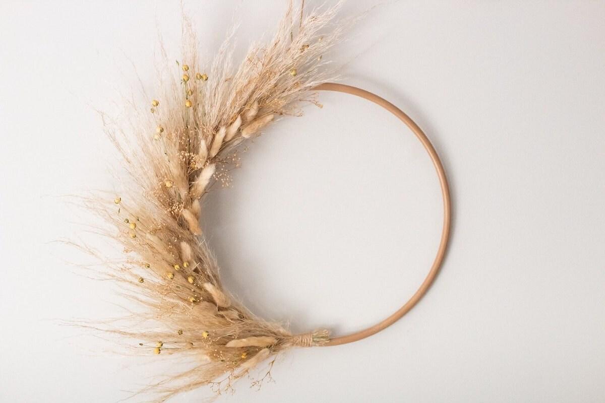 Wheat semicircle wreath for fall