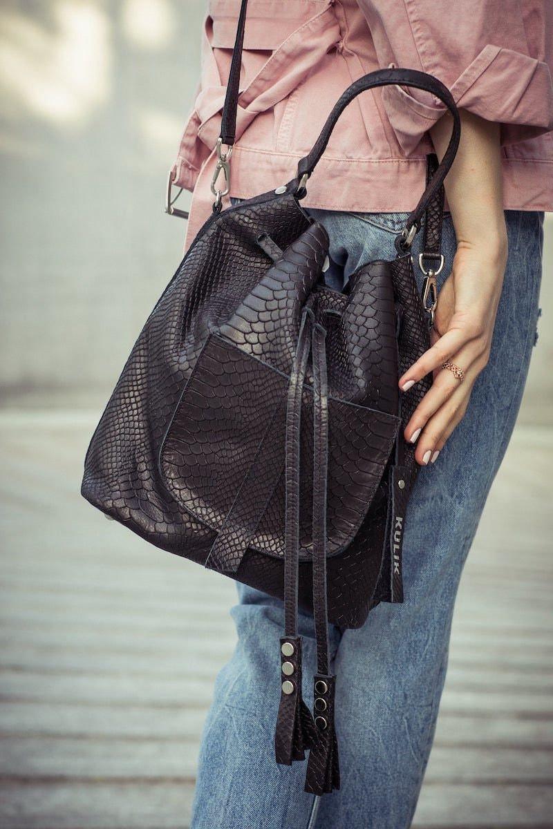 Leather bucket bag from Kulik