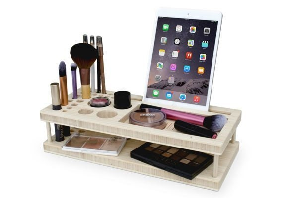 etsy-gifts-for-her-makeup-station
