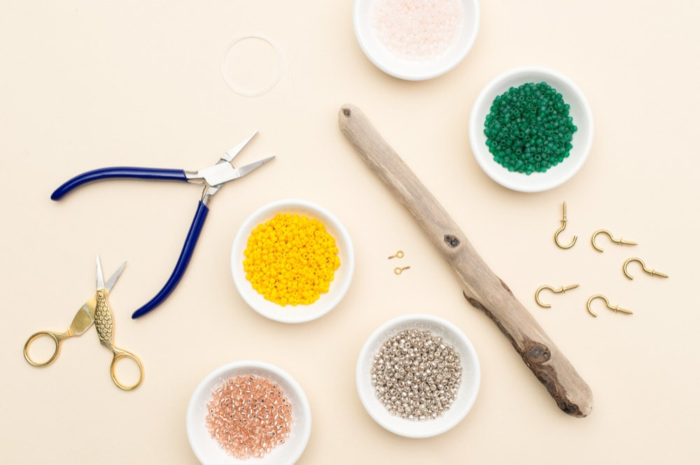 supplies for making the jewelry organizer