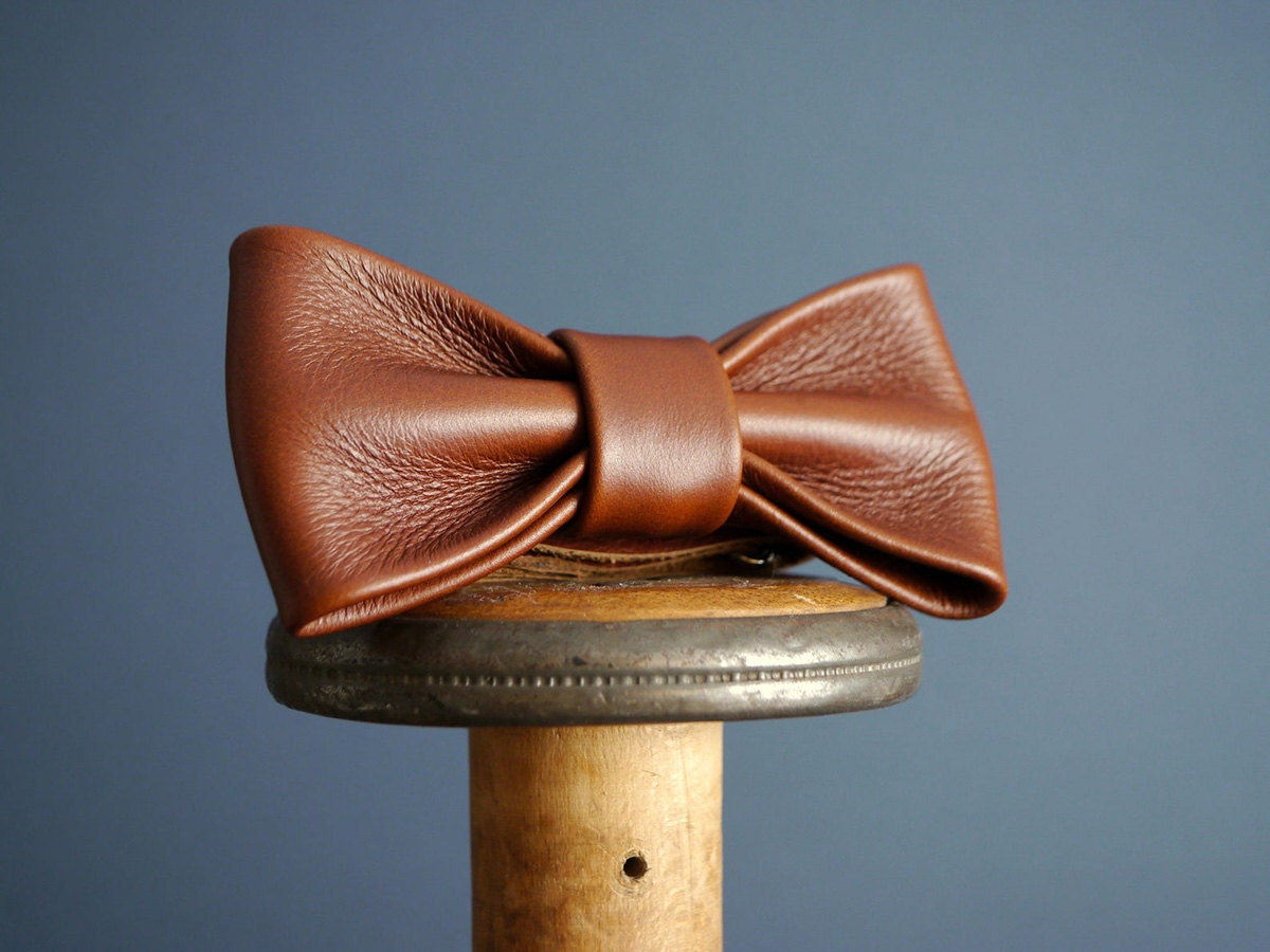 Leather bow tie from Kingsley Leather, on Etsy