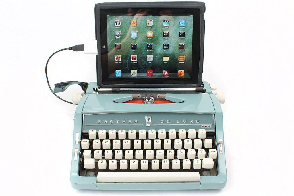 joline-van-den-oever_usb-typewriter-1024x683