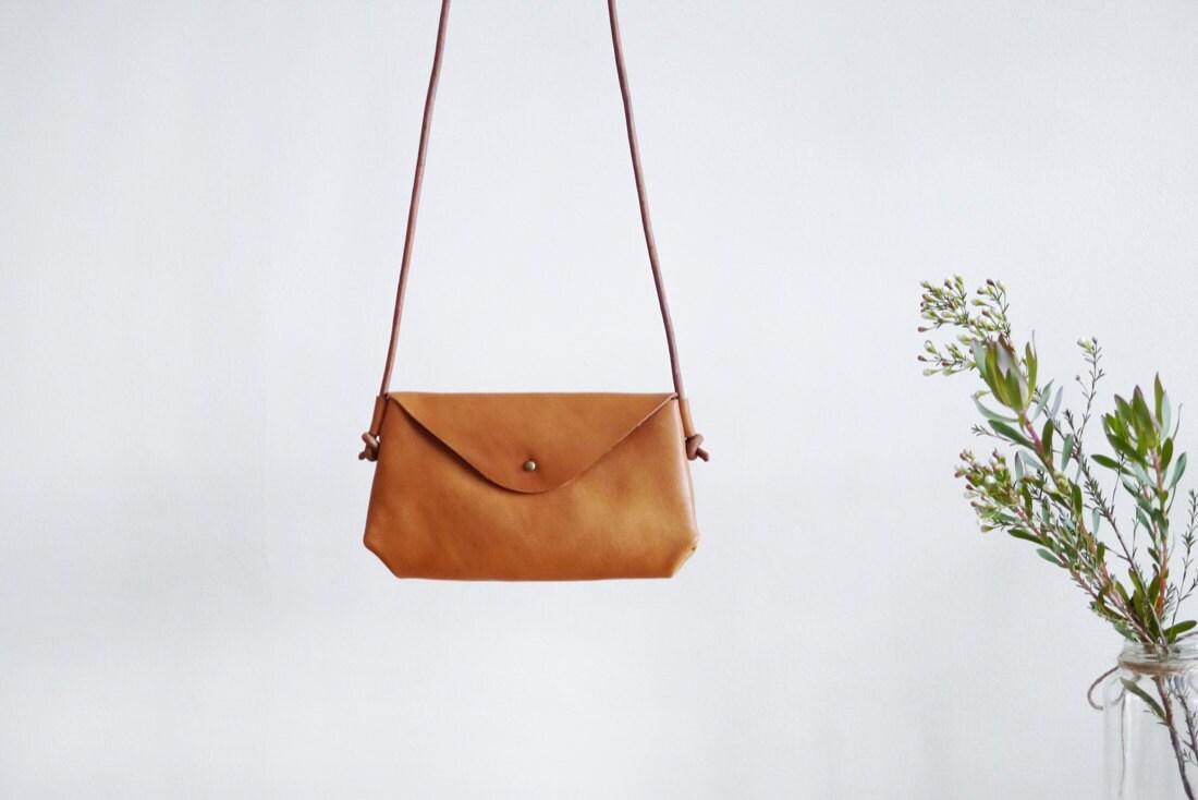 Small envelope crossbody bag from Small Queue