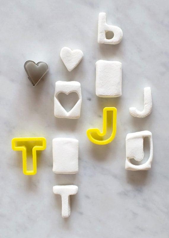 etsy-candy-aisle-crafts-monogram-marshmallows-process
